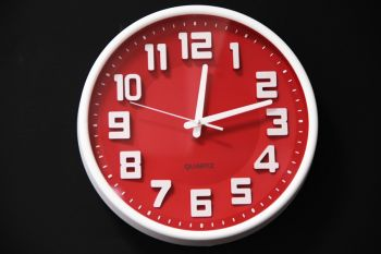 Reloj White & Red